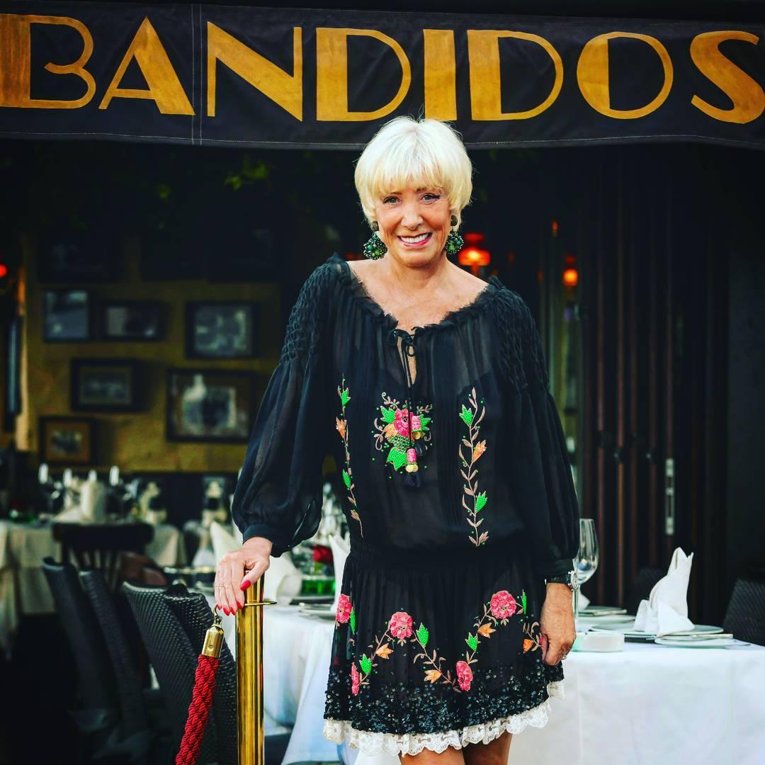 Son mas de 32 años de historia en Puerto Banús los que protagoniza el restaurante Los Bandidos.